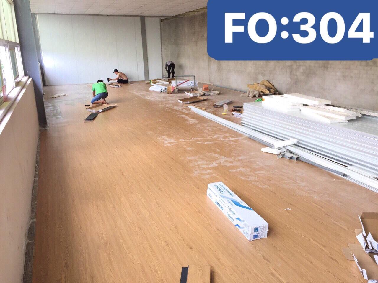 SÀN NHỰA KEO DÁN F0304